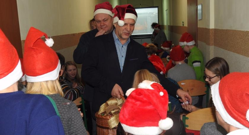 Święci Mikołajowie z wizytą w SOSW