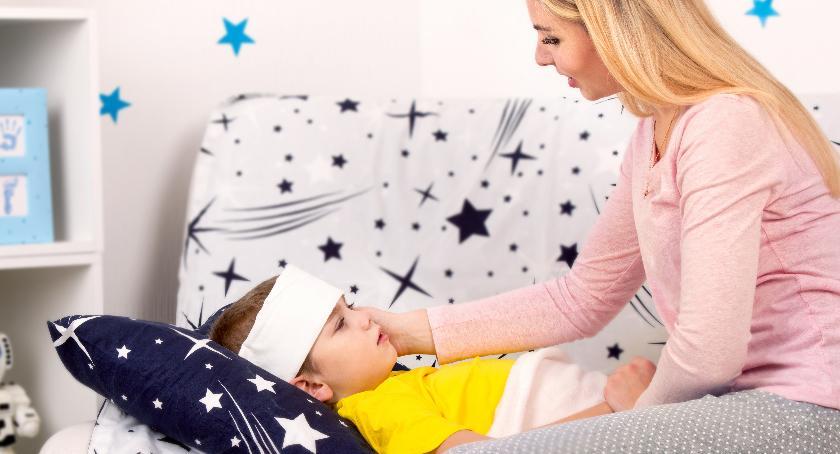 Porady, postępować podczas choroby malucha - zdjęcie, fotografia