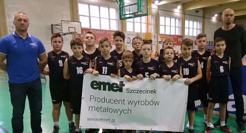 Dobry mecz najmłodszych koszykarzy Emet Basket