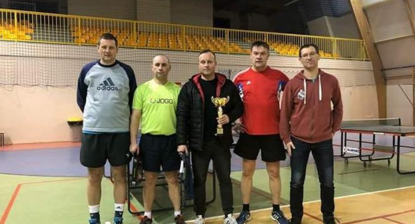 Szczecinieccy tenisiści stołowi na fali