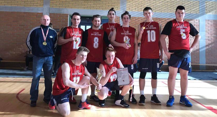 Uczniowie I LO najlepsi w koszykarskich Mistrzostwach Powiatu