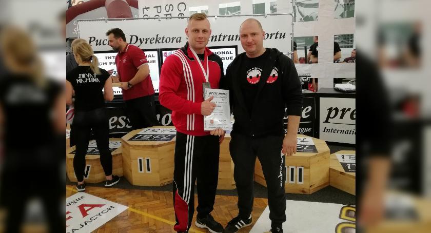 Szymon Podolańczyk drugi na International Bench Press League