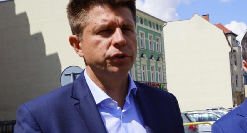 Petru o postępowaniu PO w Szczecinku: Przez takie zachowania koalicja trzeszczy