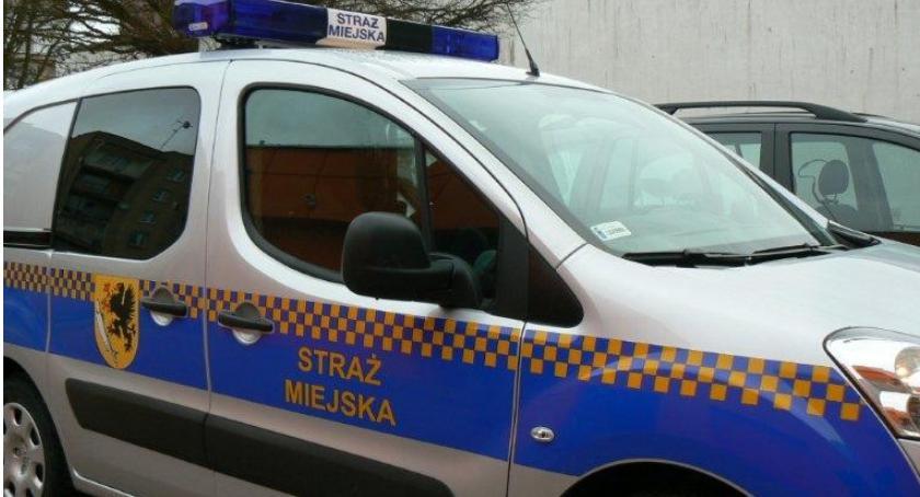 Znany w całej Polsce radiowóz straży miejskiej jest właśnie do kupienia