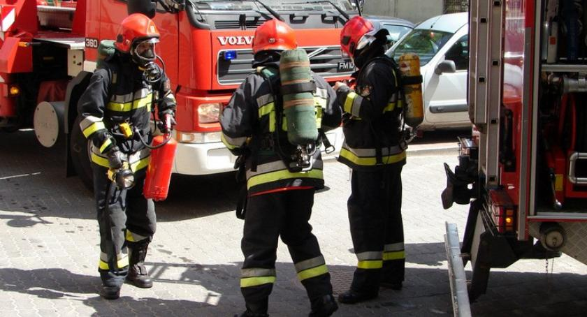 Straż Pożarna, Strażacy Szczecinku okazji swojego święta otrzymają sprzęt - zdjęcie, fotografia