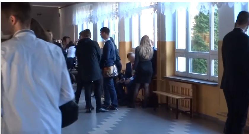 Nauka, Wyniki egzaminów gimnazjalnych Szczecinku państwowych czytają piszą liczą - zdjęcie, fotografia