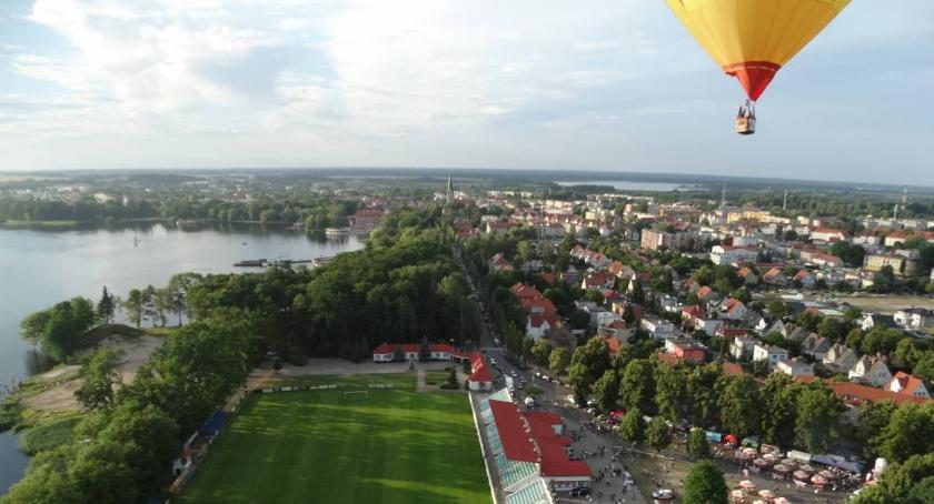Festiwal balonowy: Olbrzymia ilość samochodów sparaliżowała ulice Szczecinka