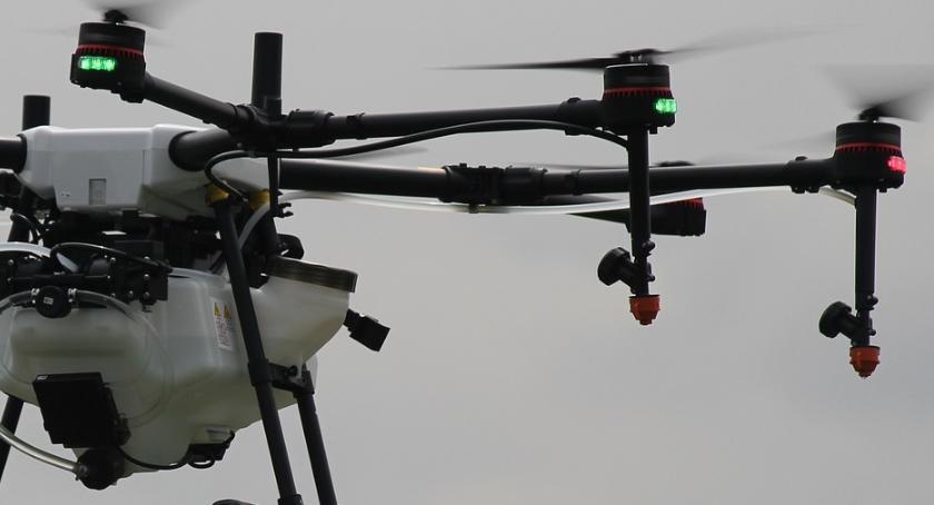 Nadlatuje miejski dron