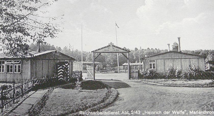 Pocztówka z obozu na Świątkach