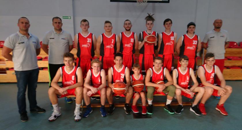 koszykowka, Koszykarze Emetu turnieju Świnoujściu - zdjęcie, fotografia