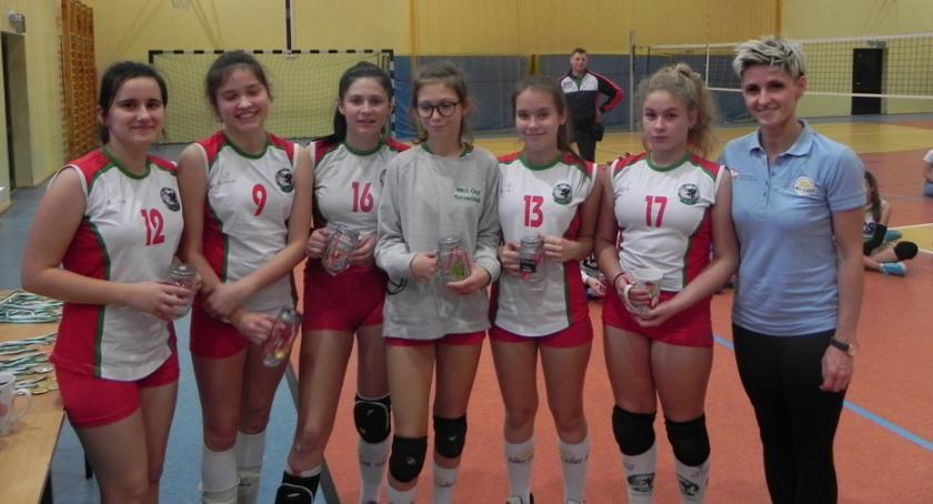 W Szczecinku rozegrano turniej mini piłki siatkowej dziewcząt