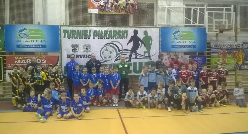 Rozpoczęły się halowe zmagania piłkarskie Partner Cup