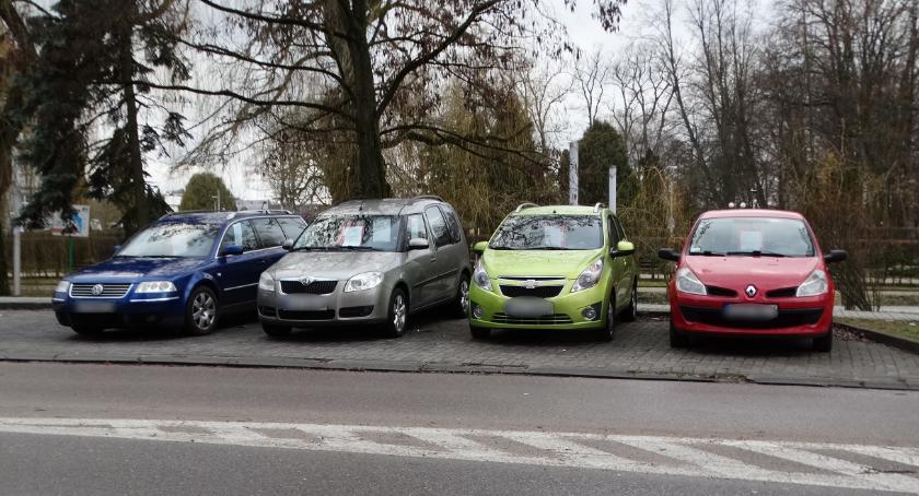 To parking, czy autkomis?