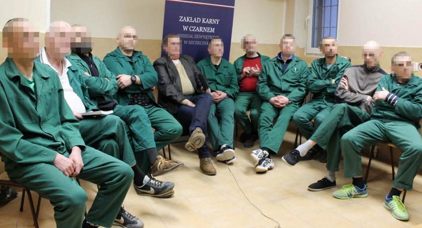 Anonimowi Alkoholicy wspierają się także w więzieniu
