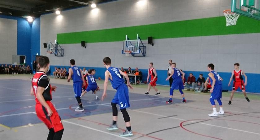 koszykowka, Koszykarze Basket wygrali Żakiem - zdjęcie, fotografia