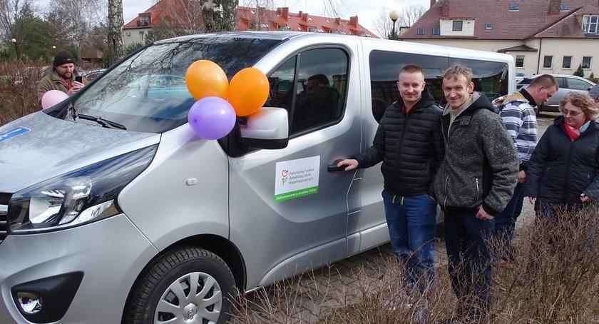 Powiat, Mikrobus Środowiskowego Samopomocy Bornem Sulinowie - zdjęcie, fotografia