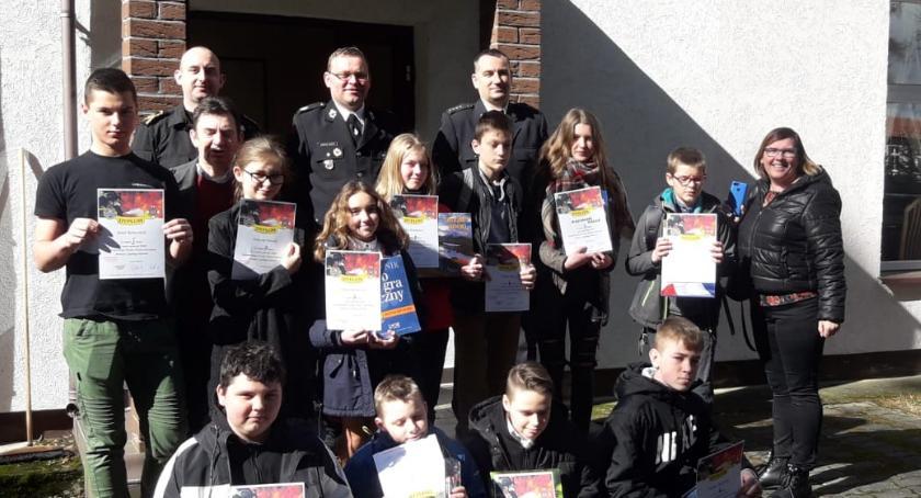 Powiat, Młodzież także zapobiega pożarom - zdjęcie, fotografia