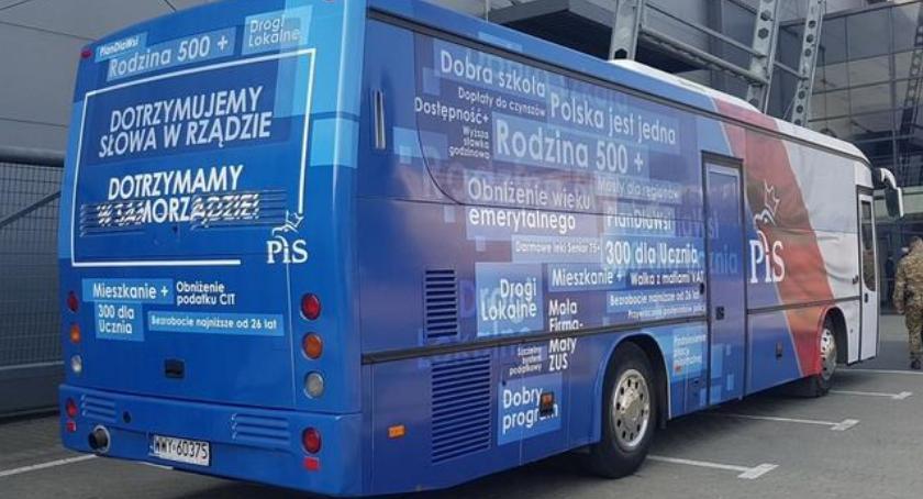 Busy Kaczyńskiego przyjadą do Szczecinka