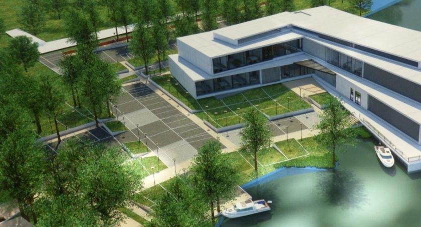 Hotel na jeziorze u prokuratora na wniosek mieszkańców