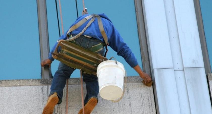 Porady, Pracodawco poznaj konsekwencje nieprzestrzeganie przepisów podczas pracy wysokości - zdjęcie, fotografia
