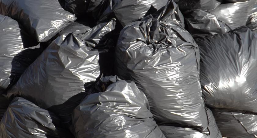 Za duża opłata za śmieci? Burmistrz Szczecinka doradza sprawdzenie szczelności WC