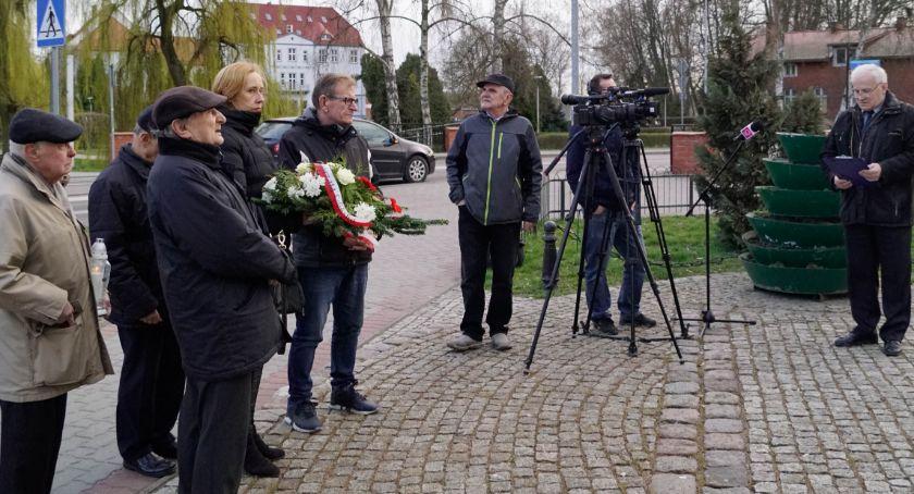 Upamiętniono 9 rocznicę katastrofy smoleńskiej. W Szczecinku wyjątkowo skromnie