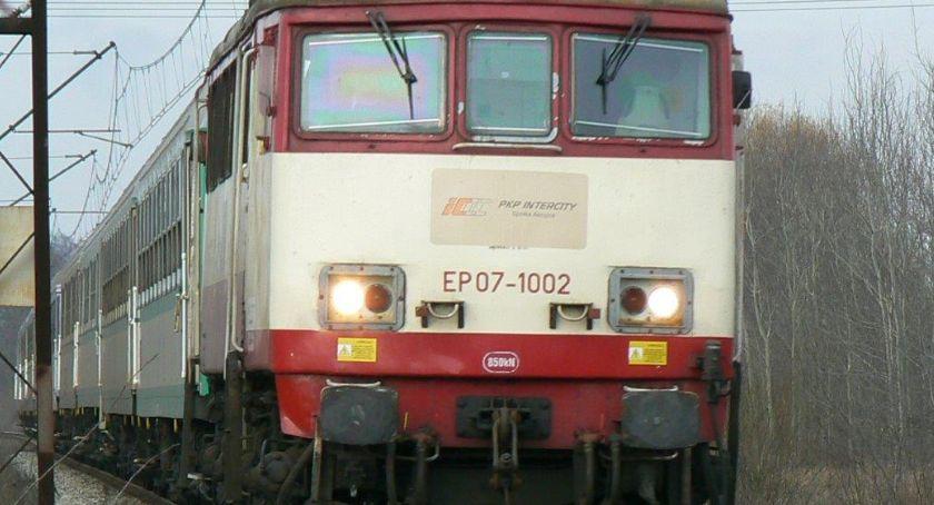 Żeby pociąg ruszył dalej, maszynista musiał dojechać taksówką