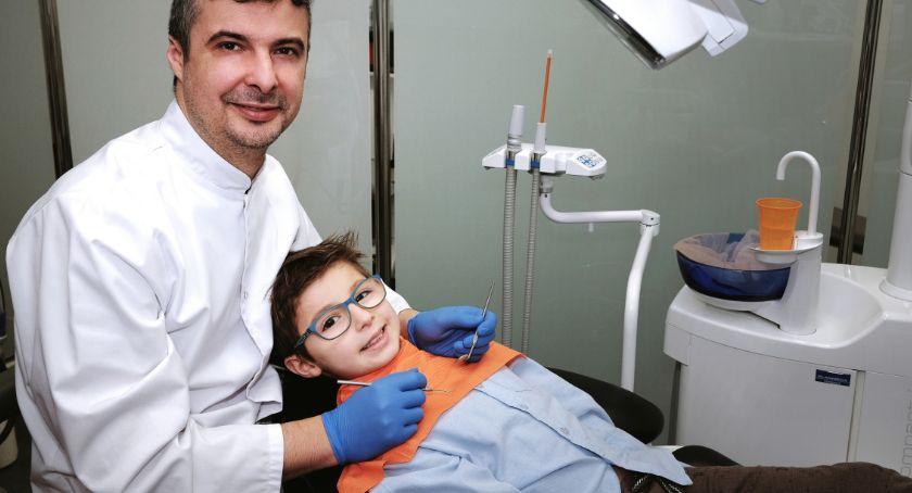 zdrowie, Dziecko dentysty może uśmiechać sprawdzona metoda - zdjęcie, fotografia
