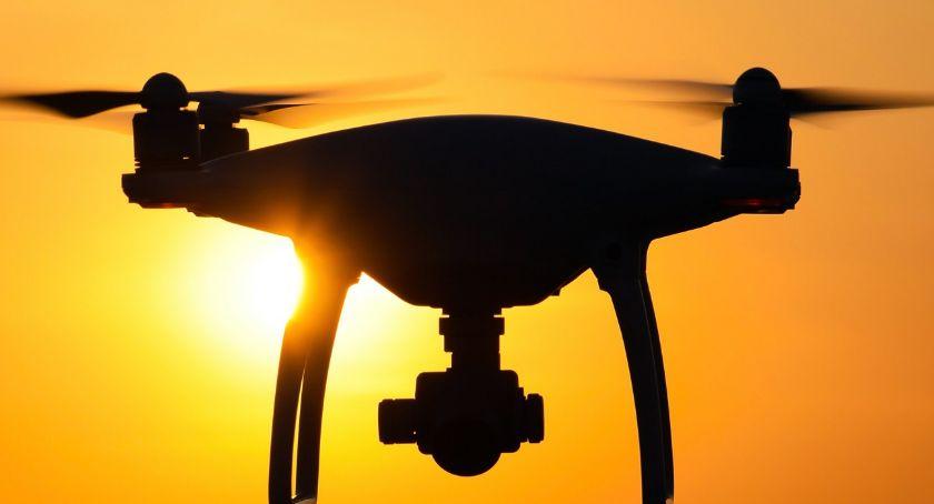 Porady, Naucz gdzie możesz latać dronem - zdjęcie, fotografia