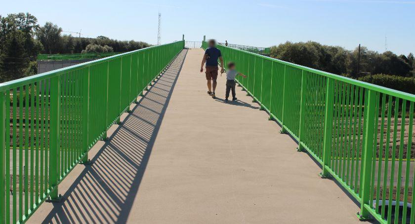 Najdłuższa kładka dla pieszych, prowadząca w krzaki