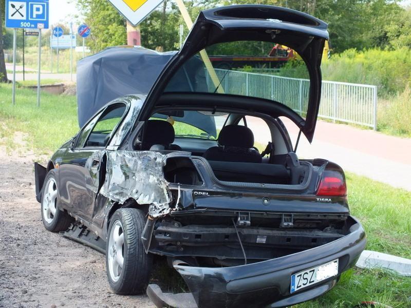 temat.net: archiwum, Groźny wypadek szczecineckiej obwodnicy - zdjęcie, fotografia