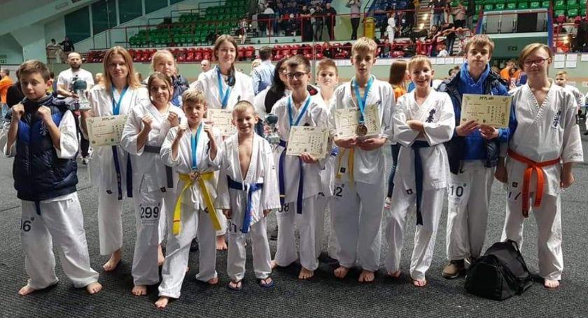Medale szczecineckich karateków w Kołobrzegu