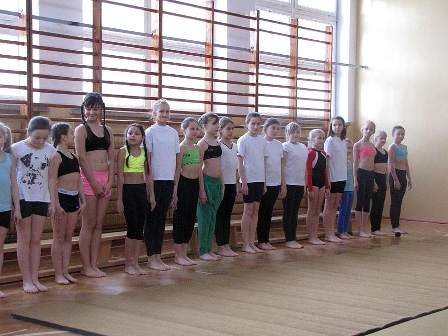 akrobatyka, Turniej dwójek dziewcząt - zdjęcie, fotografia