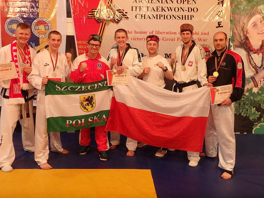 taekwondo, Bartłomiej Mienciuk pudle Armenii - zdjęcie, fotografia