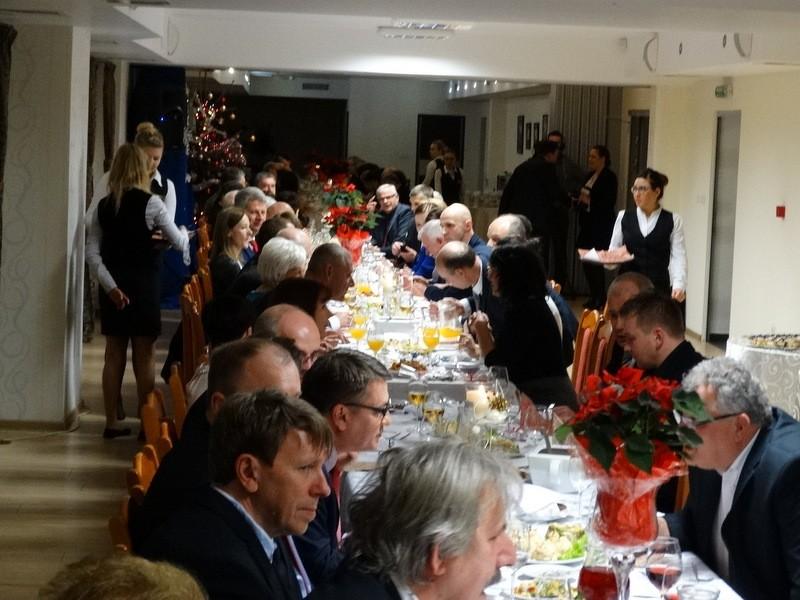 Aktualności, Wigilia samorządowa Wszyscy wszystkim składali życzenia - zdjęcie, fotografia