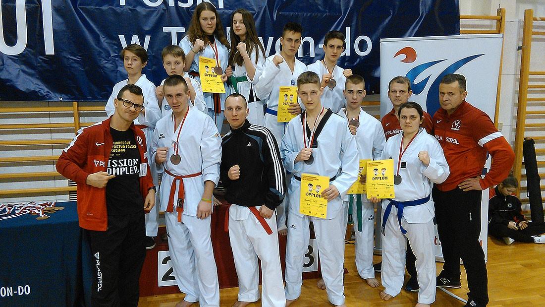 taekwondo, Medale taekwondeków Wieliczce - zdjęcie, fotografia