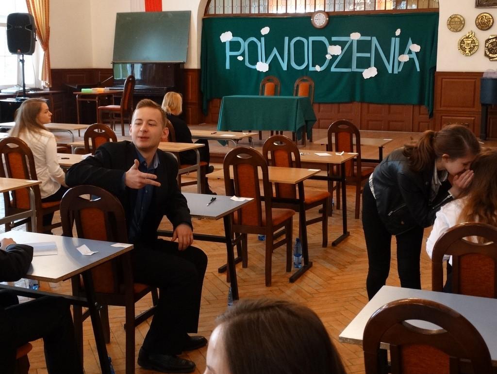 Nauka, Boją Tadeusza Wolą Lalkę - zdjęcie, fotografia