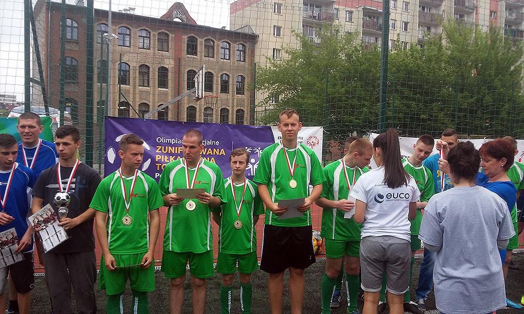 piłka nożna, Zawodnicy wygrali eliminacje wojewódzkie - zdjęcie, fotografia