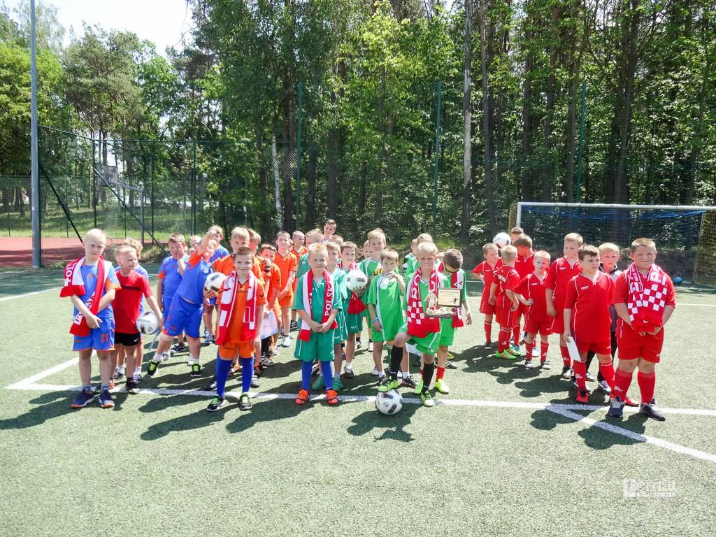piłka nożna, Gminne mistrzostwa piłce nożnej - zdjęcie, fotografia