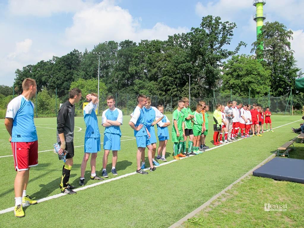 piłka nożna, Piłka nożna integruje - zdjęcie, fotografia