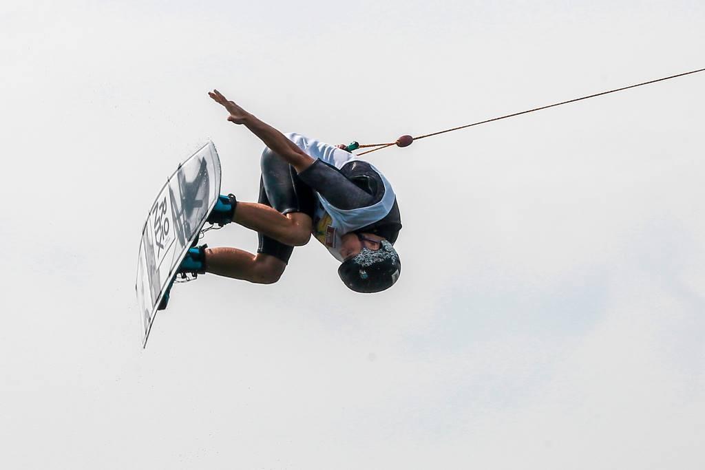 wakeboard, wakeboardzie zawodnicy podium - zdjęcie, fotografia