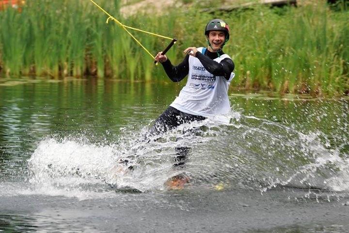 wakeboard, Wakeboardowcy Szczecinka formie - zdjęcie, fotografia