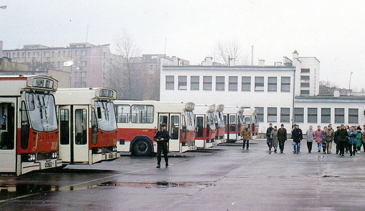 Historia, Autobusy Szczecinku wożą - zdjęcie, fotografia