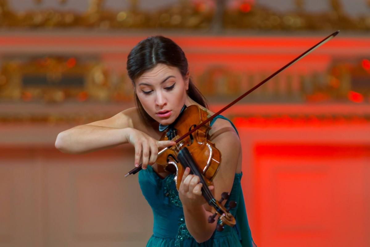 Muzyka, Nasza skrzypaczka reprezentuje Polskę Wieniawskim - zdjęcie, fotografia