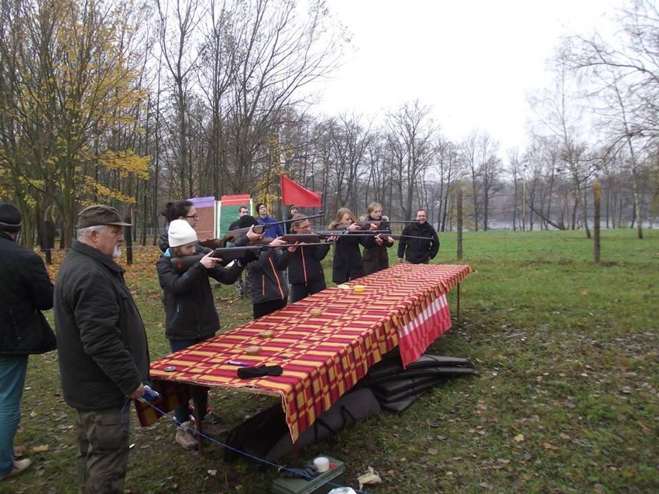 strzelectwo, Niepodległościowe strzelanie młodzieży - zdjęcie, fotografia