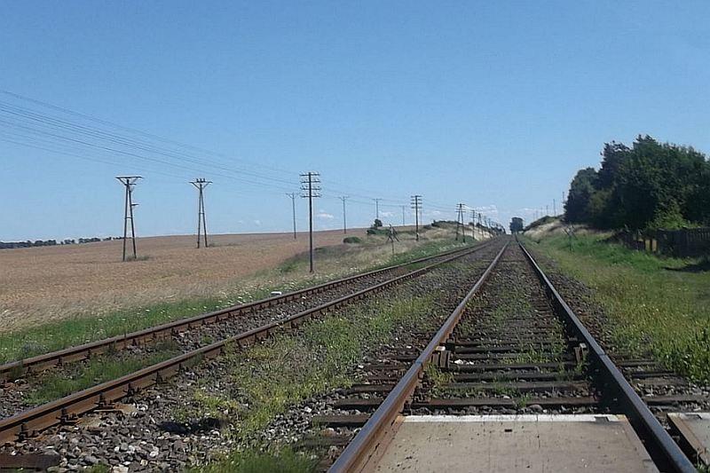 Kolej, Znacznie szybciej pociągiem Runowa - zdjęcie, fotografia