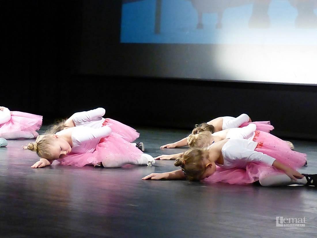 akrobatyka, Zawody Fitness Charytatywna pomoc Mateusza - zdjęcie, fotografia