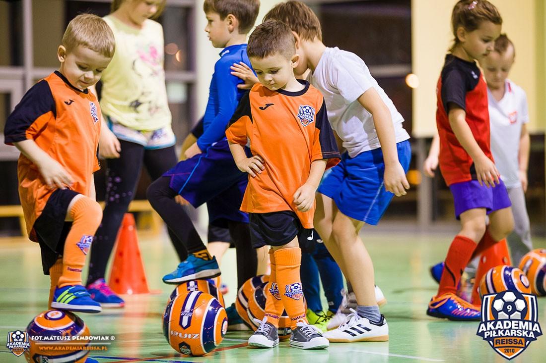piłka nożna, Akademia Piłkarska Reissa ogłasza noworoczne nabory! - zdjęcie, fotografia