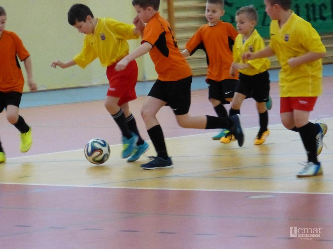 piłka nożna, Rywalizowali Lidze Żaka Szczecinku - zdjęcie, fotografia