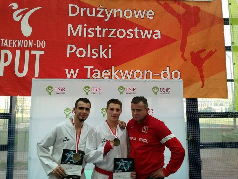 taekwondo, Złote medale Bartka Mienciuka Adriana Korkusa - zdjęcie, fotografia